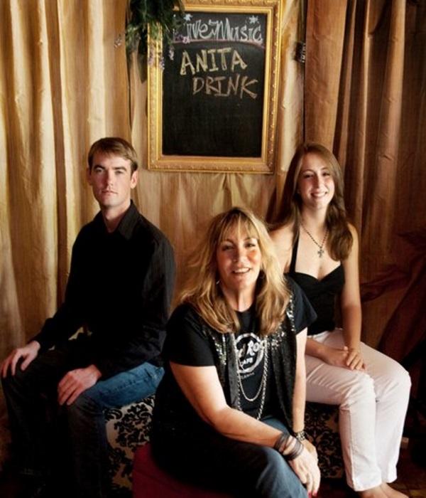 Anita Drink Band